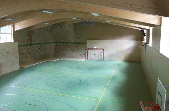 Eine für alles: Die neue Multifunktionshalle im ROBINSON Club Amadé