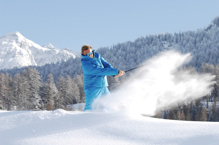 """Heiße Eisen im kalten Schnee: TOP Event """"Golf on Snow"""" bei ROBINSON"""