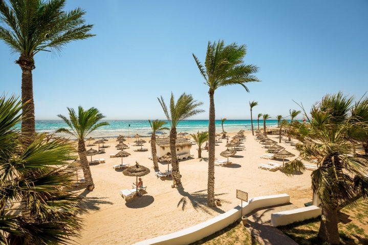 Strand des ROBINSON Club Djerba Bahiya