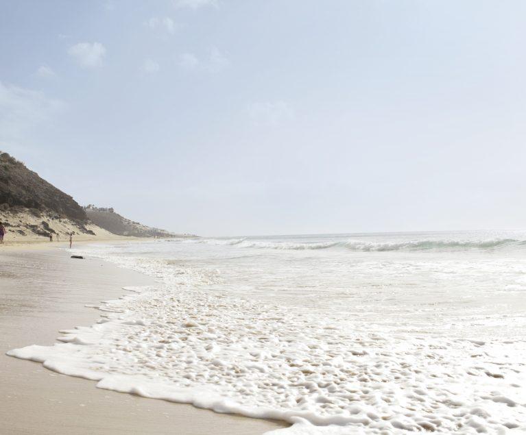 Chill Out Days am Meer: ROBINSON und wavemusic präsentieren internationale Künstler auf Mallorca