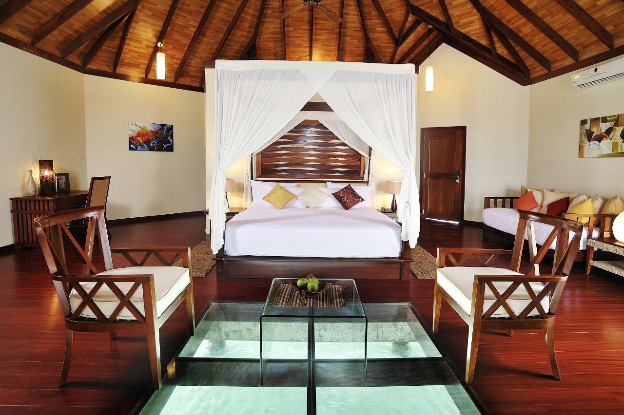 wasserbungalows malediven so wohnst durobinson clubblog. Black Bedroom Furniture Sets. Home Design Ideas