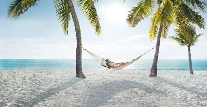 Zeig uns dein Wir-Gefühl und gewinne einen ROBINSON Urlaub