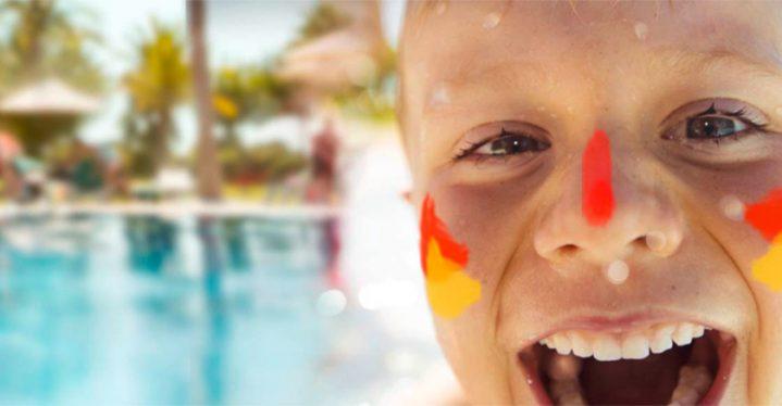 Urlaub mit Kindern bei ROBINSON: Pampers-Rocker willkommen!