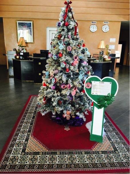 Geschmückter Weihnachtsbaum im Club Agadir, Marokko