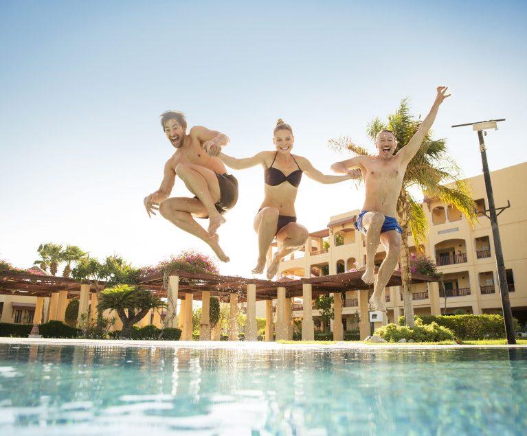In der ROBINSON Community kannst du dich mit anderen Gästen austauschen, Reisebereichte hochladen und erhältst regelmäßig Infos zum ROBINSON Cluburlaub.
