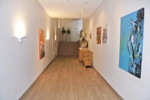 Neue Kunst in den Fluren im Club Ampflwang
