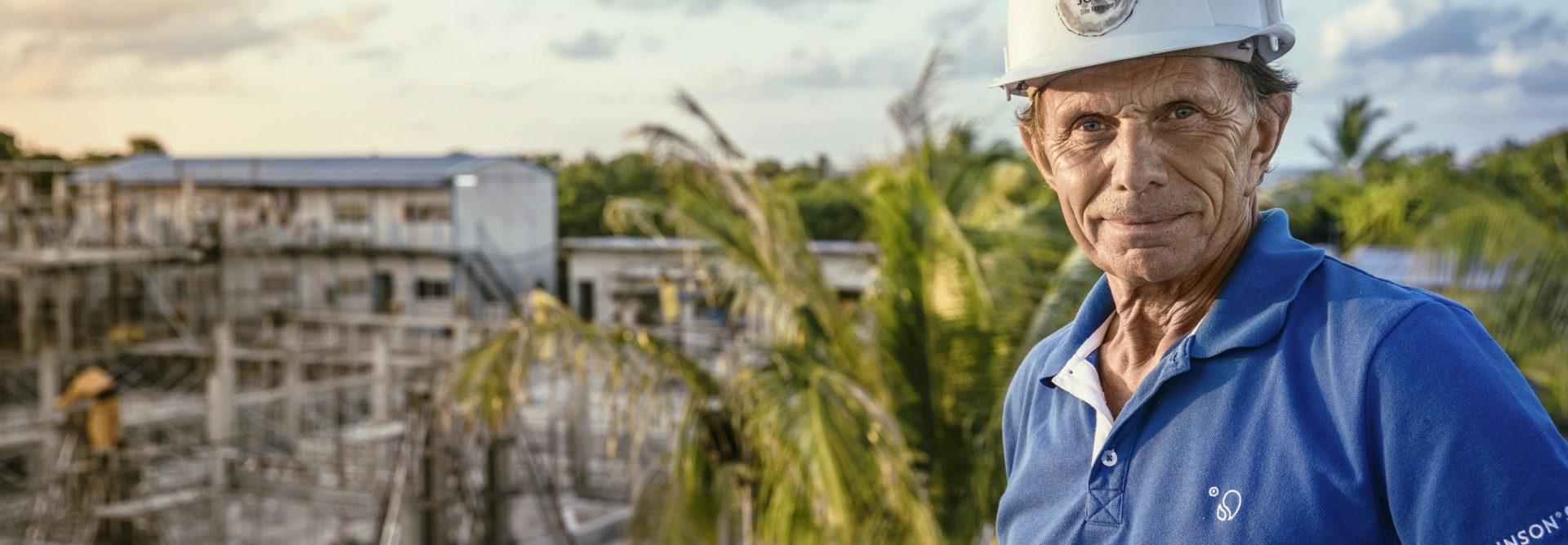 Architekt auf ROBINSON Baustelle
