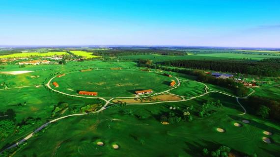 Driving Range auf dem Golfplatz Fleesensee