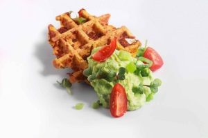 ROBINSON Rezept Süßkartoffelwaffel mit Avocadocreme