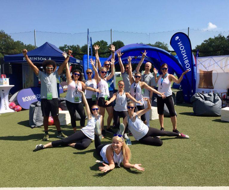 Sportlich: ROBINSON Kollegen in Bestform auf dem World Fitness Day