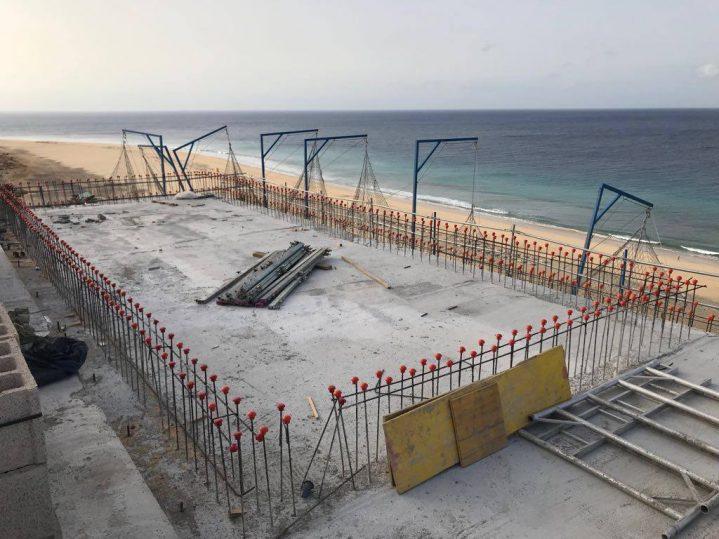 Neubau Außenterrasse am Strand