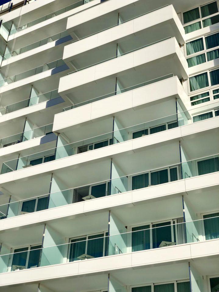 Fassade des neuen Torre des ROBINSON CLUB Jandia Playa, Fuerteventura