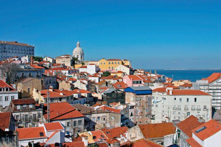 Portugals Hauptstadt Lissabon von oben