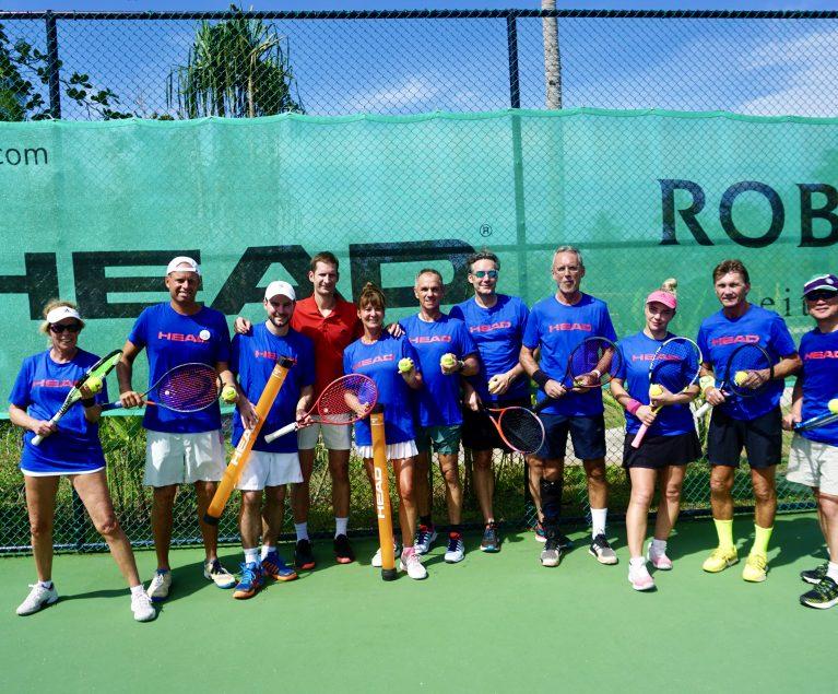 Tennis-Camp mit Florian Mayer: Die Gewinnerin des ROBINSON Gewinnspiels zwischen den anderen Teilnehmern