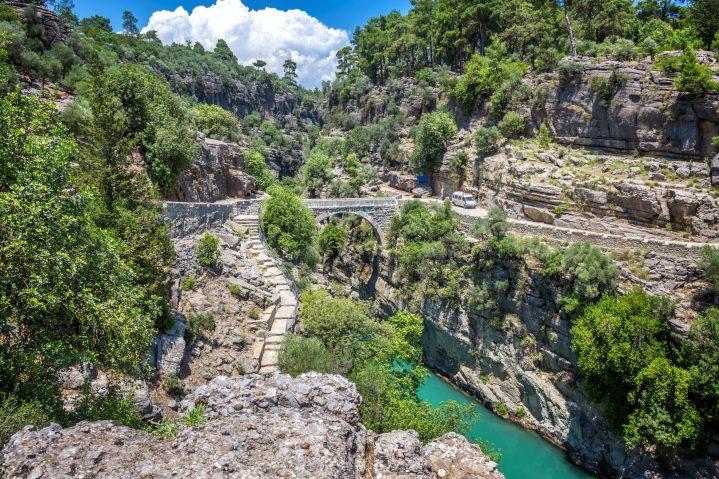 Fluss- und Gebirgslandschaft im Taurusgebirge, Türkei