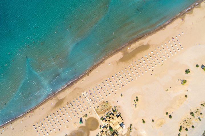 Blick von oben auf Iztuzu Beach, bei Dalaman, Türkei