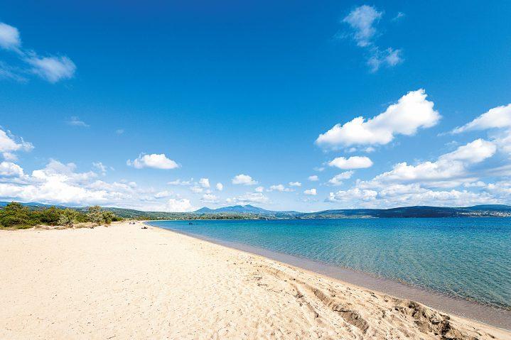 Strand am Peloponnes, Griechenland