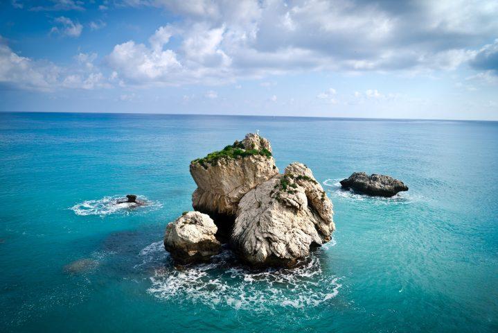 Felsen der Aphrodite vor Limassol auf Zypern