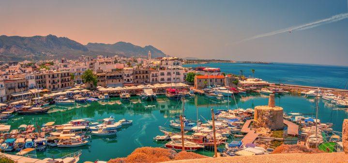 Hafenstadt Girne Kyrenia auf Zypern