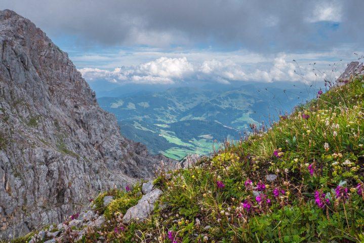 wunderschöner Ausblick auf die Landschaft und die Natur