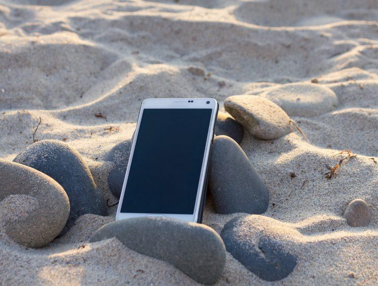 Workation am Strand: Verbinde deine Arbeit mit Urlaub.