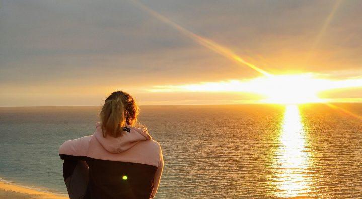 Feierabend mit Sonnenuntergang