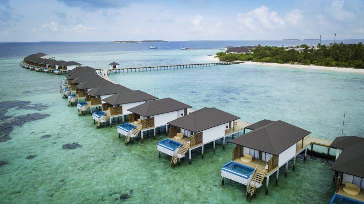 Luftaufnahme Wasserbungalows Malediven Robinson Club