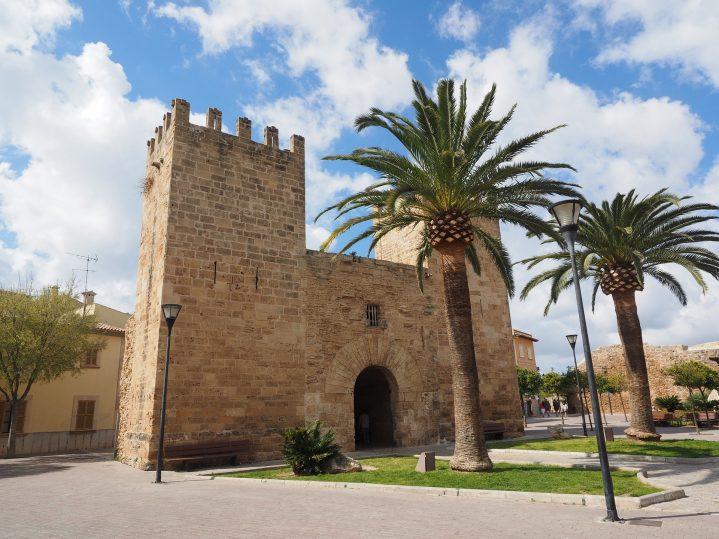 Stadtmauer Alcudia Mallorca